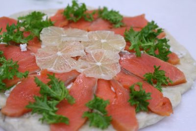 salmon-pizza
